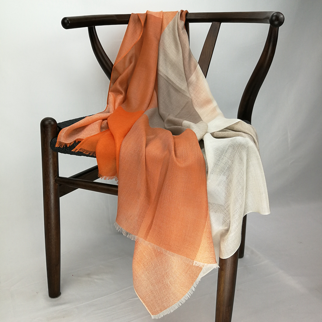 Cashmere Checked Light Weight Scarf